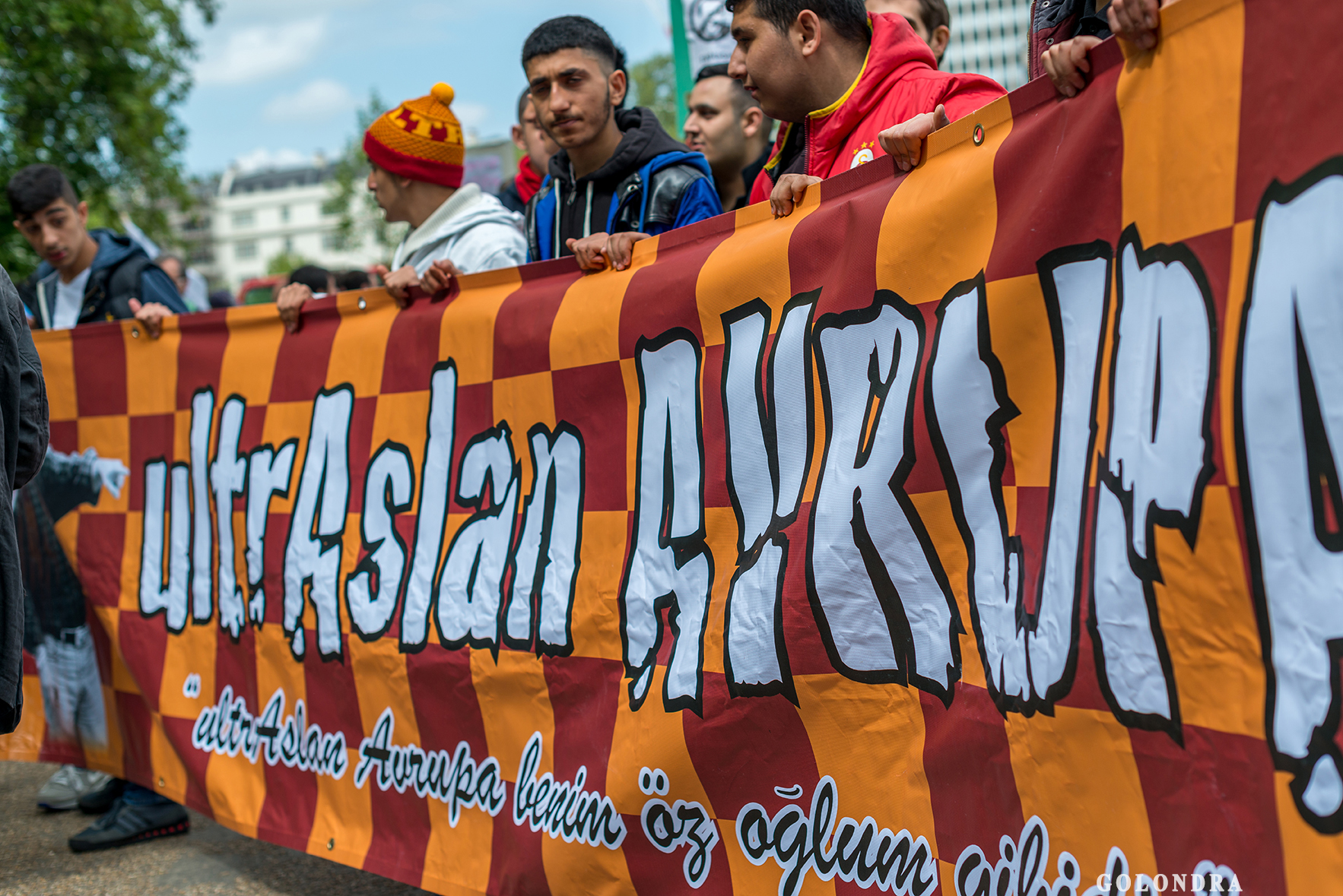 Protesting Turkish Government - Turk Hukumetini Protesto - Londra - London (20)