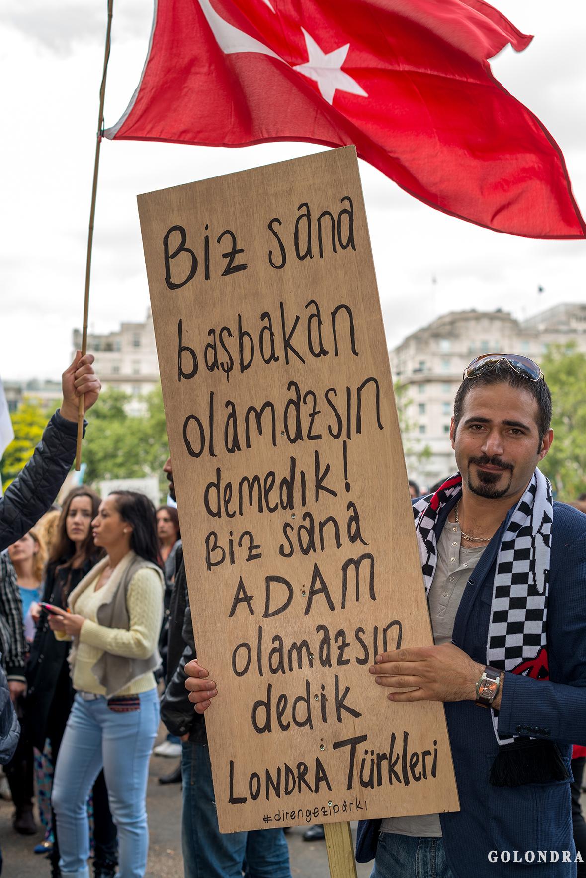 Protesting Turkish Government - Turk Hukumetini Protesto - Londra - London (26)