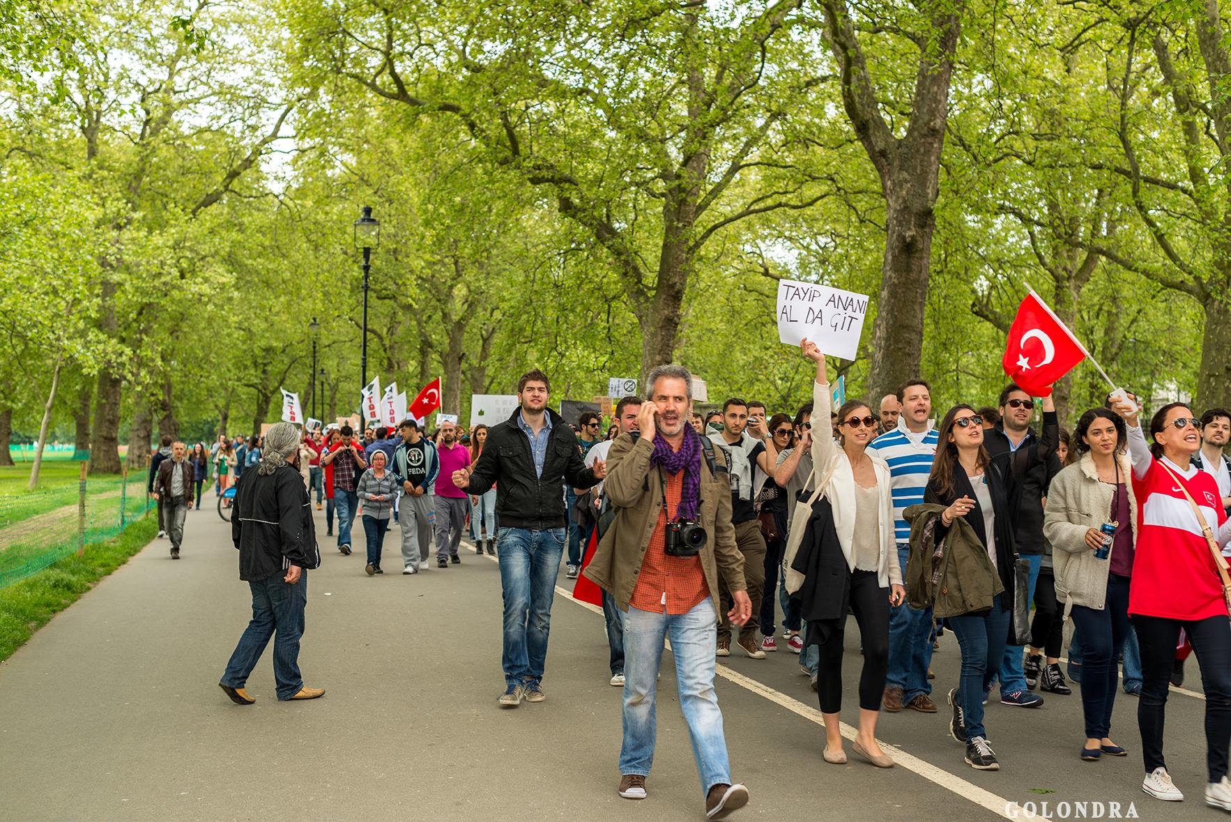 Protesting Turkish Government - Turk Hukumetini Protesto - Londra - London (29)
