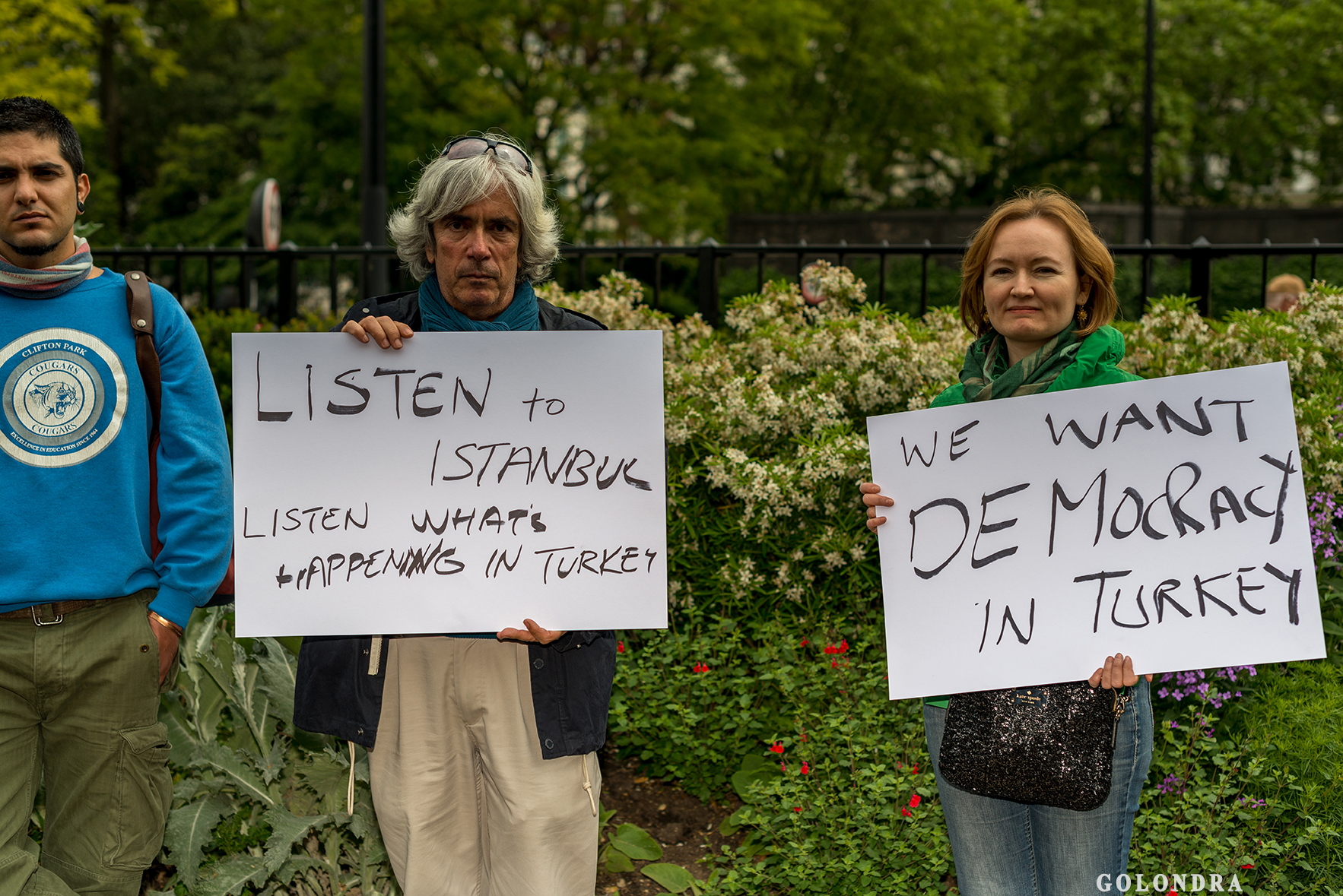 Protesting Turkish Government - Turk Hukumetini Protesto - Londra - London (4)