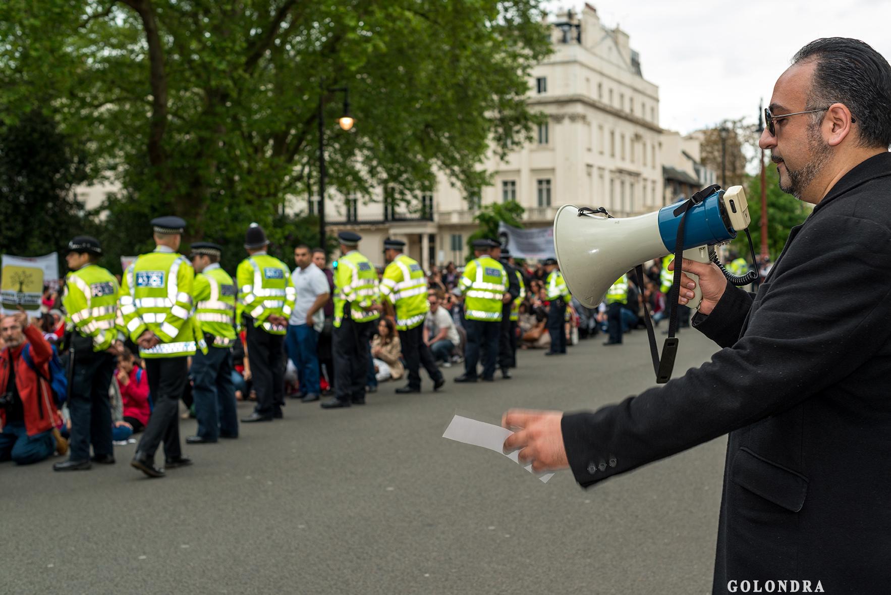 Protesting Turkish Government - Turk Hukumetini Protesto - Londra - London (45)