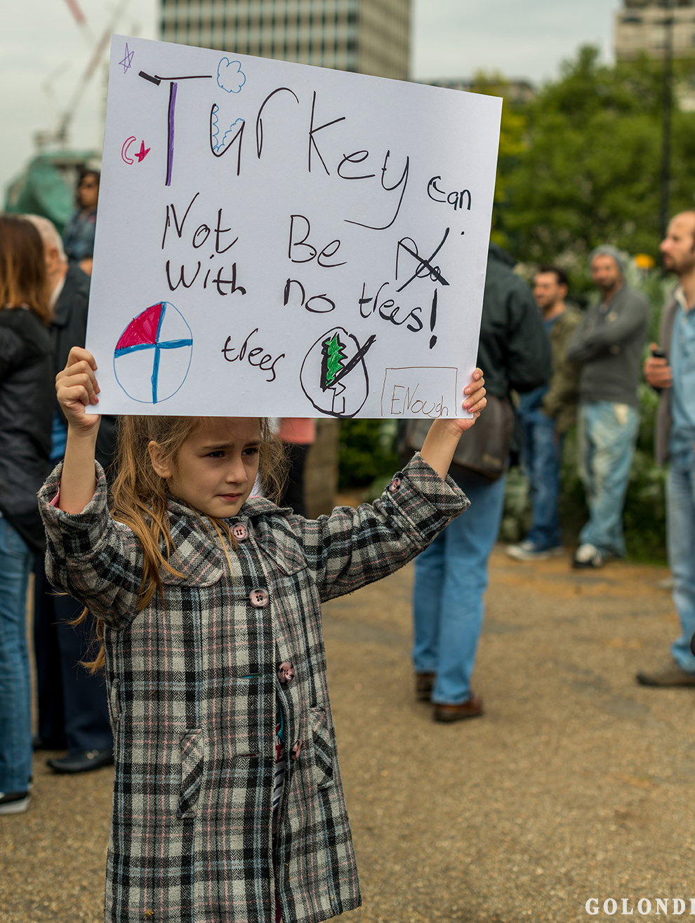 Protesting Turkish Government - Turk Hukumetini Protesto - Londra - London (5)