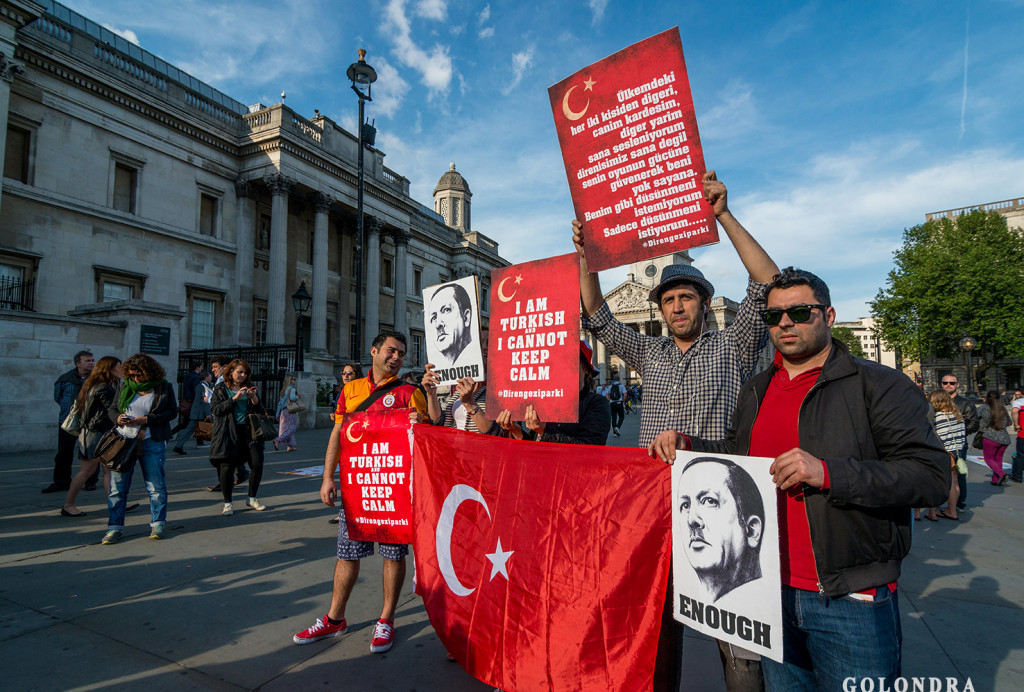 Protests in London Trafalgar Square - Occupygezi (13)
