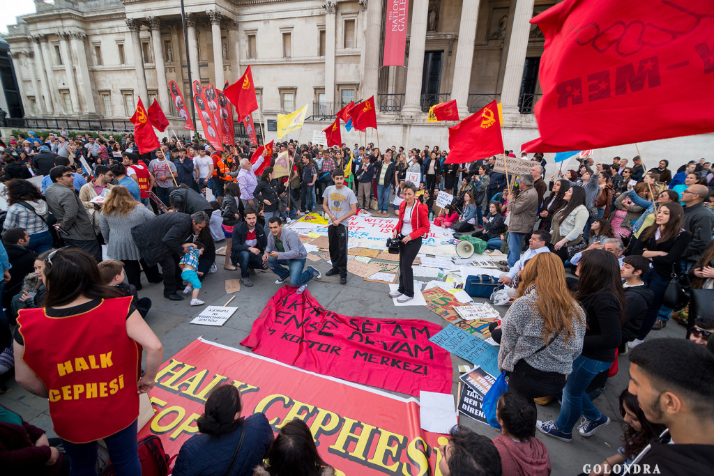 Protests in London Trafalgar Square - Occupygezi (21)