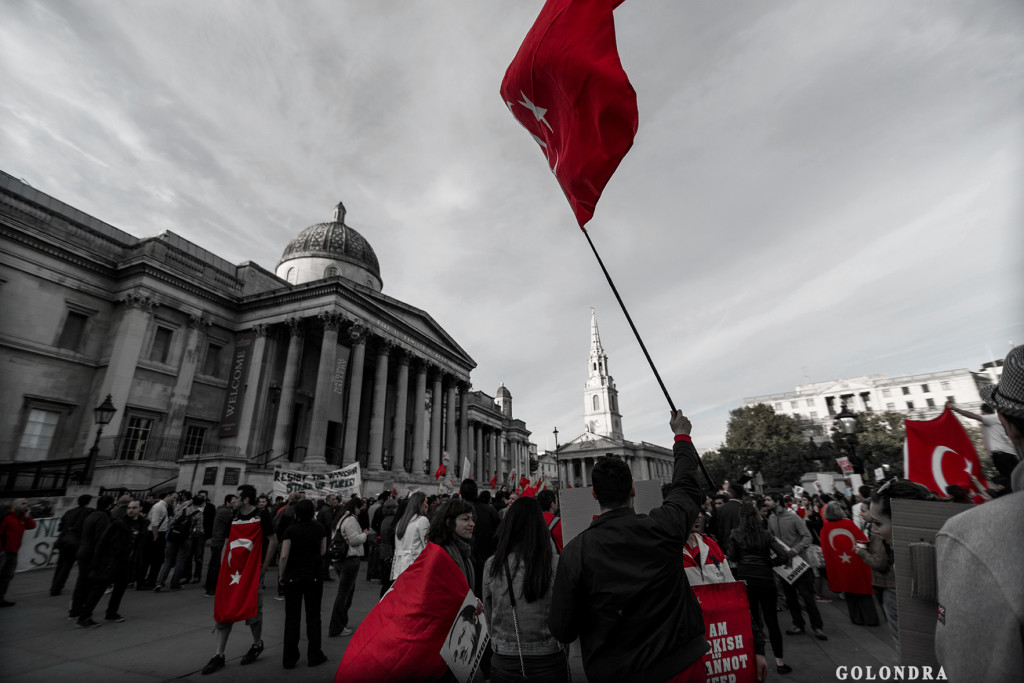 Protests in London Trafalgar Square - Occupygezi (23)