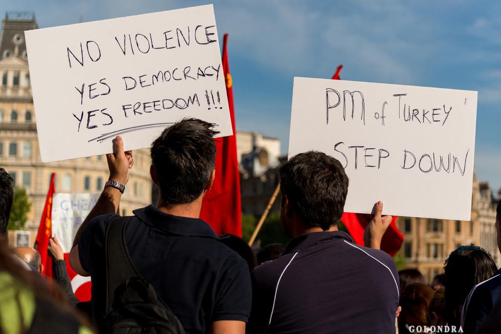 Protests in London Trafalgar Square - Occupygezi (8)