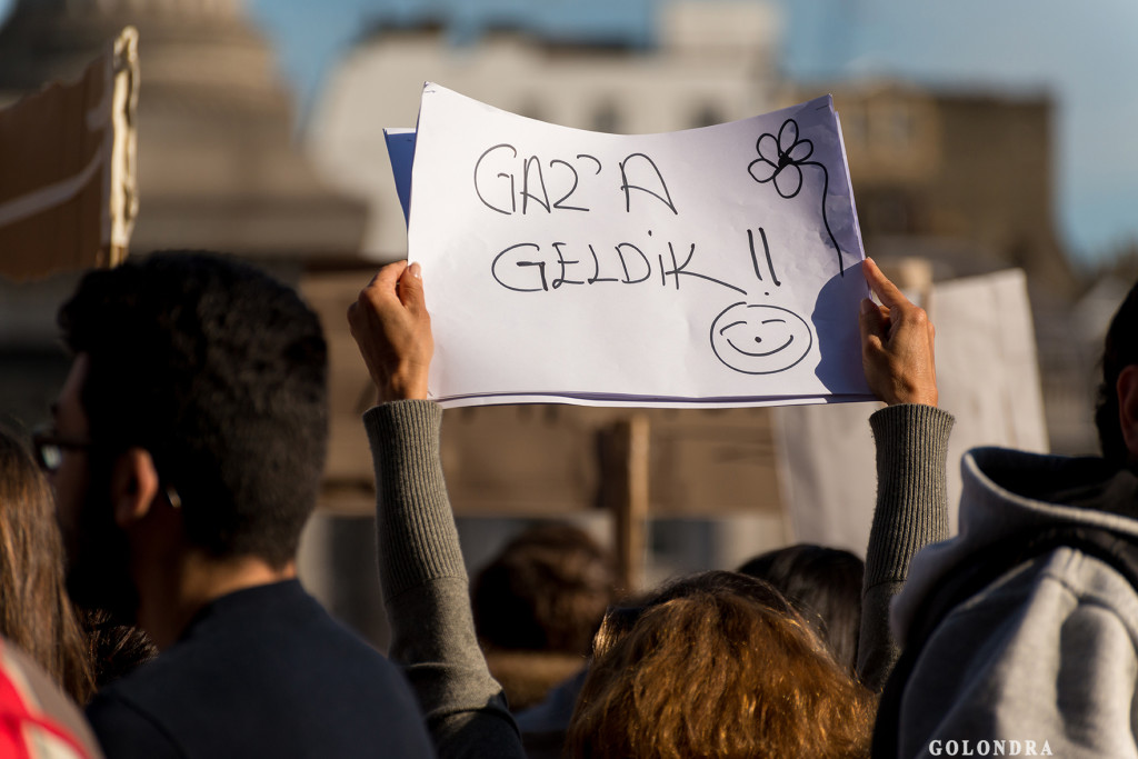 Protests in London Trafalgar Square - Occupygezi (9)